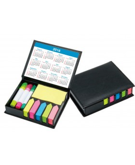 Memo Box with Sticky Pads 2